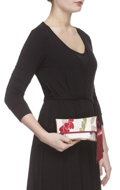 Ivory zari threadwork clutch
