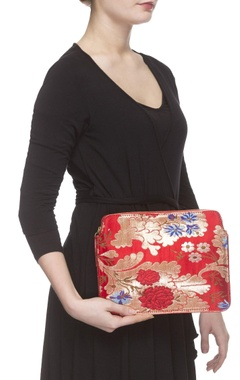 Red zari threadwork purse