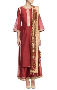 Maroon embellished silk kurta set