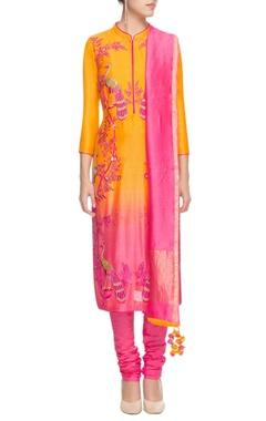 Yellow & pink shaded peacock motif kurta set