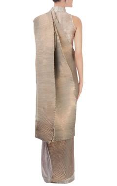 silver pleated sari
