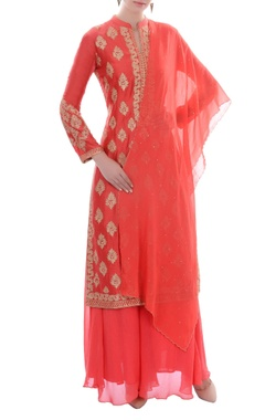 Coral pink embroidered kurta set