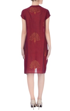 Burgundy midi dress with gold Zari work