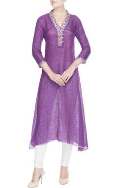 Purple V-neck kurta