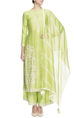 Green floral embroidered kurta set