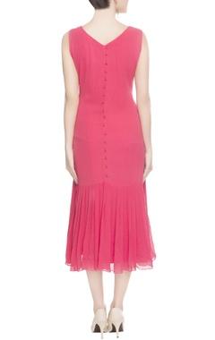 Pink pleated hem midi dress
