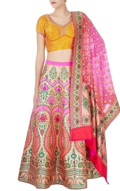 yellow & pink bandhani lehenga