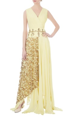yellow pleated style gown