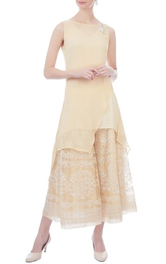 Kavita Bhartia yellow asymmetric sleeveless chiffon tunic