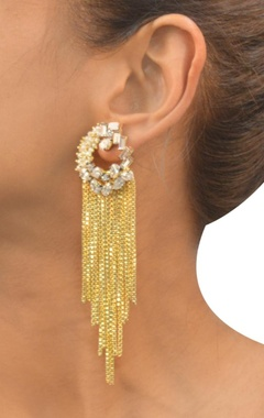 gold plated pearl & chain tassled earrings