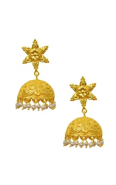 Gold plated motif textured pearl jhumkas