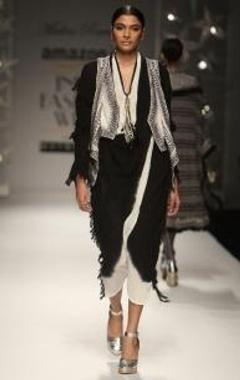 Black & ivory ombre cross over kaftan