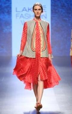 Swati Vijaivargie Pink & red striped flared dress