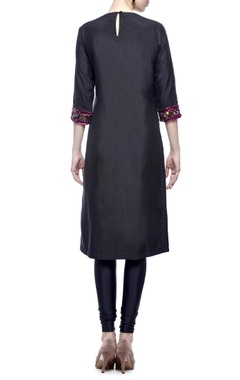 black & multi-colored embellished kurta set