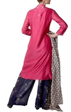 Pink & navy geometric bird printed kurta set
