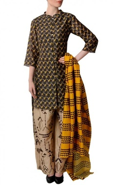 Brown, yellow & beige geometric bird printed kurta set