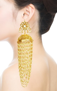 gold plated floral kundan & pearl chain earrings