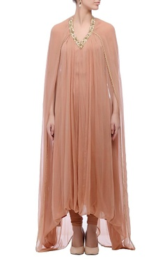 Peach embellished neck kurta set