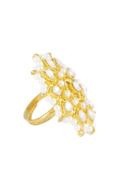 Gold pearl & kundan embellished ring