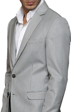 grey notch-collared blazer