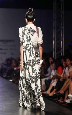 Grey & black bubble rose printed sari skirt