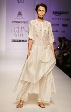 white & gold dabka embroidered kurta set
