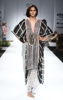 Black, white & pink asymmetrical kaftan & palazzo pants