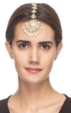 Gold plated maangtika with crystal embellishments
