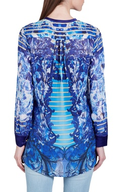 Blue baroque printed top