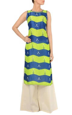 Green & blue zigzag printed tunic with off white palazzos