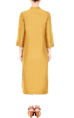 Gold mandarin collar kurta with printed piping on the cuffs