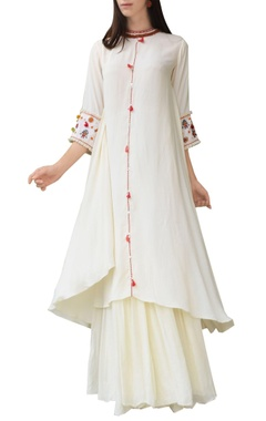 Cream thread embroidered kurta with skirt