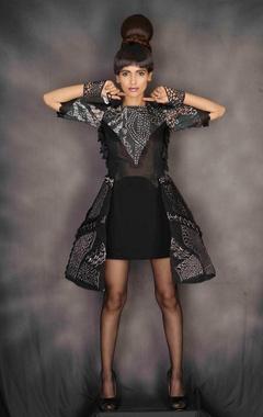 Black abstract print short dress