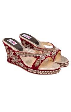 Red peonys heels