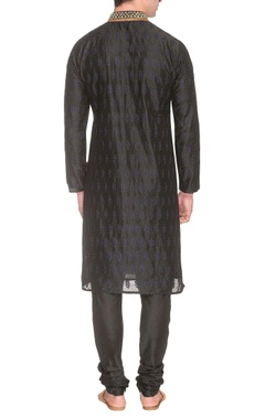 Black kurta set with blue thread embroidery