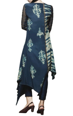 peacock blue embroidered kurta with pants