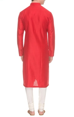 Red jali pintuck kurta