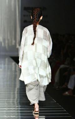 White & grey handwoven checkered print jacket