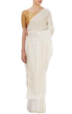 Ivory sari with triangular motifs