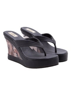 Stoffa Black wedges with floral print on the heel