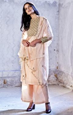 blush pink embroidered kurta set with dupatta