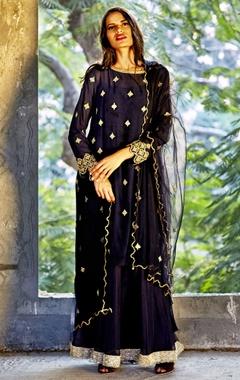 navy blue embellished kaftan dress with dupatta