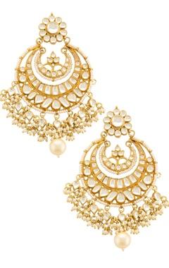 Gold kundan chaandbaalis with pearls