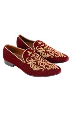 maroon zardozi embroidered loafers