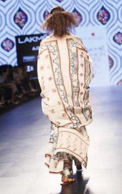 white printed round neck kurta set