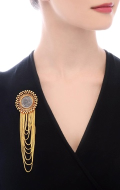 gold plated layered brooch pin with vintage coin