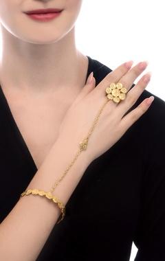 Gold plated beaten ring bracelet