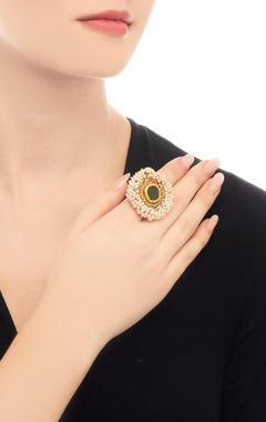 Gold plated ring with emerald stone & filigree cutwork