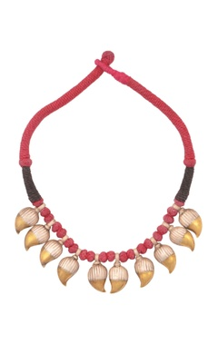 Sangeeta Boochra Red & black thread necklace with gold dipped leaves