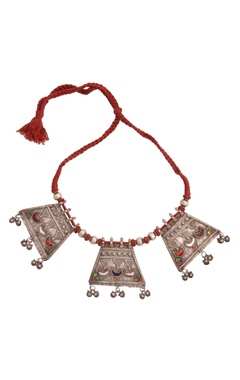 Sangeeta Boochra Red thread necklace with antique silver pendants